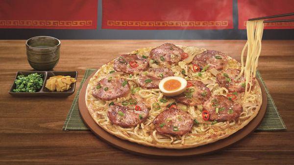 Pizza Hut Taiwan ramen pizza