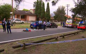 Sydney man found with stab wounds on street in Maroubra