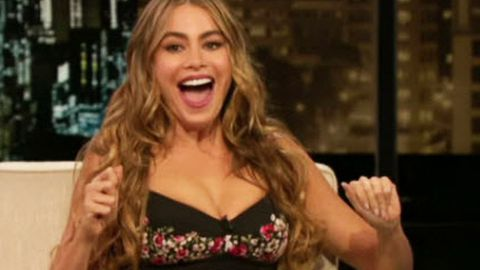 Sofia Vergara loses it over missing engagement ring on <i>Chelsea Lately</i>: 'Everybody's fired!'