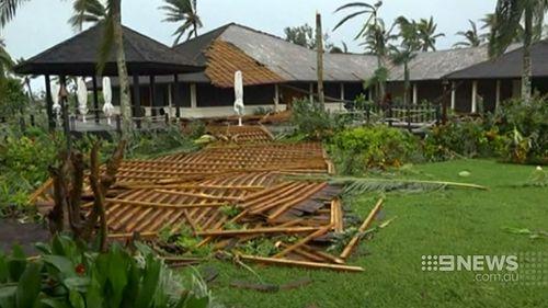 Aid starts flowing to Vanuatu as cyclone clean-up begins