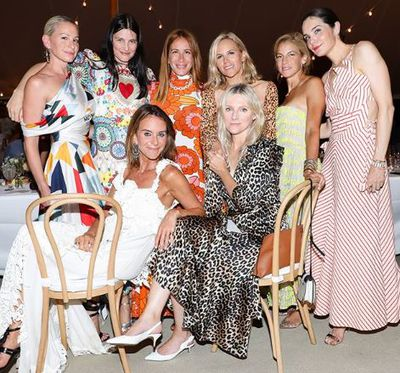 Jennifer Fisher, Tabitha Simmons, Jessica Seinfeld, <em>US InStyle</em> editor Laura Brown and Tory Burch at the Net-a-porter x GOOD + Foundation summer 2018 dinner at the Seinfeld's estate.<br> <div>&nbsp;</div>