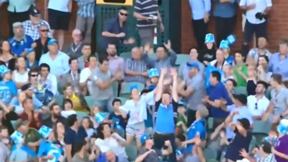 Boy struck by ball at BBL clash between Adelaide Strikers and Sydney Thunder