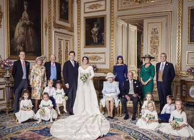 <p><strong>BUCKINGHAM PALACE RELEASE OFFICIAL WEDDING PHOTOS</strong></p>