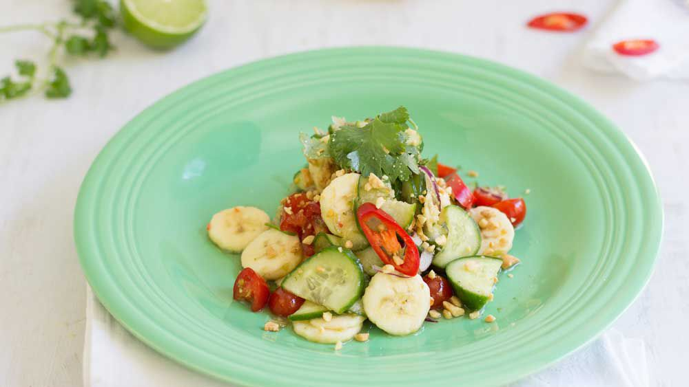 Banana som tum Thai salad