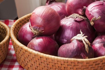 <strong>Onions</strong>