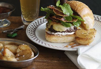 Cheeseburger with beer-battered onion halves