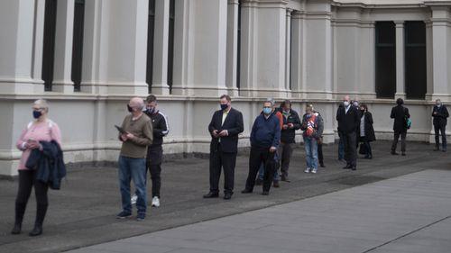 Vaccination queues at the Exhibition Building, Melbourne