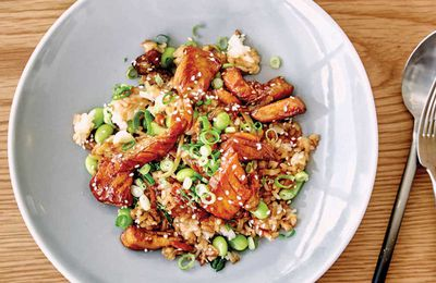 "Recipe:&nbsp;<a href=""http://kitchen.nine.com.au/2017/06/13/14/44/teriyaki-salmon-rice-bowl"" target=""_top"" draggable=""false"">Teriyaki salmon rice bowl</a><br /> <br /> More:&nbsp;<a href=""http://kitchen.nine.com.au/2017/06/13/17/08/recipes-you-can-cook-for-your-pregnant-partner-that-shell-actually-love"" target=""_top"" draggable=""false"">recipes from <em>A House Husbands' Guide: Cooking for your Pregnant Partner</em> cookbook by Aaron Harvie (New Holland Publishers)</a>"