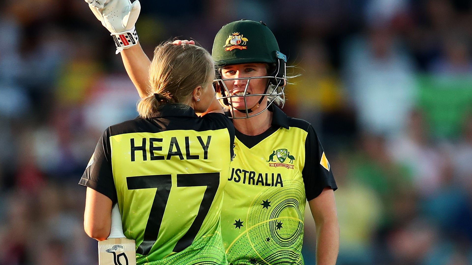 Alyssa Healy and Beth Mooney