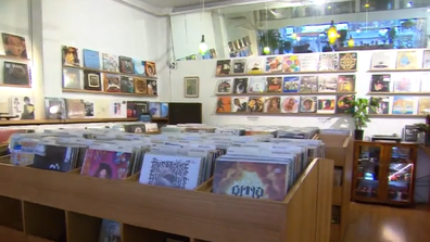 The vinyl record industry is thriving in Australia with the first new record-making plant in 30 years opening.