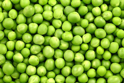 Green peas: 5.93g sugar per 100g