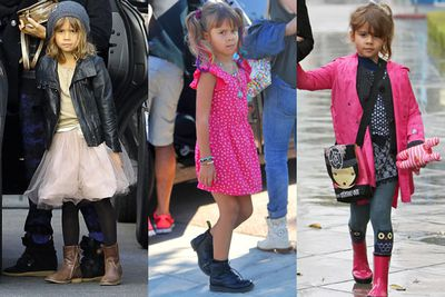 When it comes to accessories, Honor Warren is all over it! <br/><br/>Often spotted with beanies, headbands or cute bows in her hair, this five-year-old's low-key street style looks very much like mum Jessica Alba's! You know what they say, like mother like daughter... <br/>