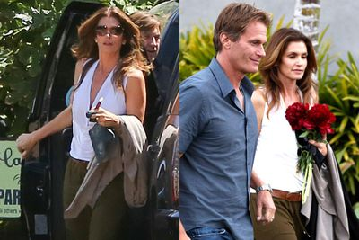 Supermodel Cindy Crawford brought a gorge bouquet along. Wedding inspo for Amal perhaps!