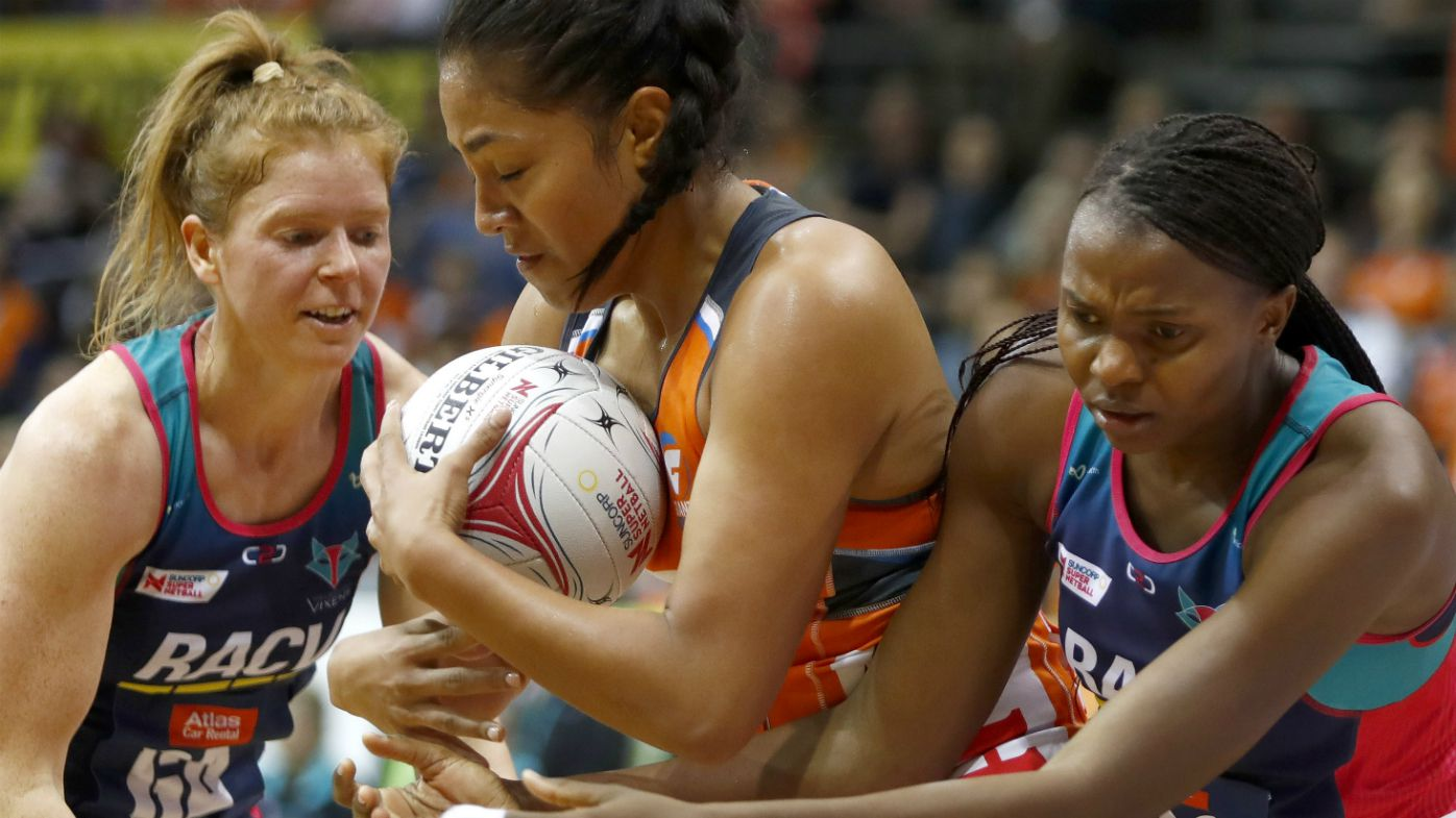 Giants hold off Vixens