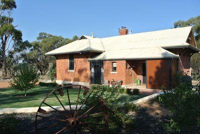 Quellington School House Farmstay, York, West Australia