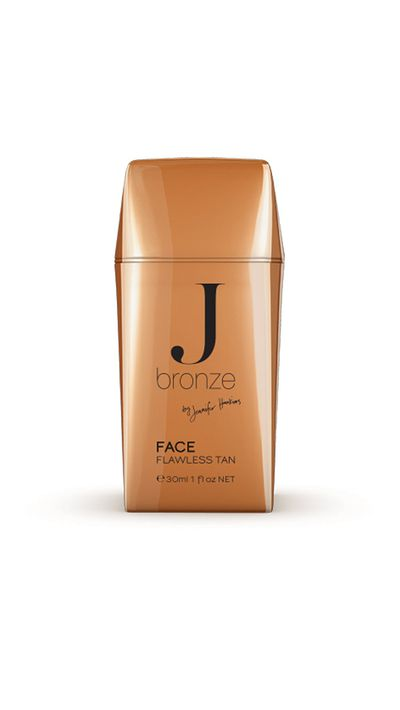 <p>Because it's designed for the face, this tanning cream is ideal for extra-attention areas such as heels, and provides the extra moisture required for even coverage.</p>