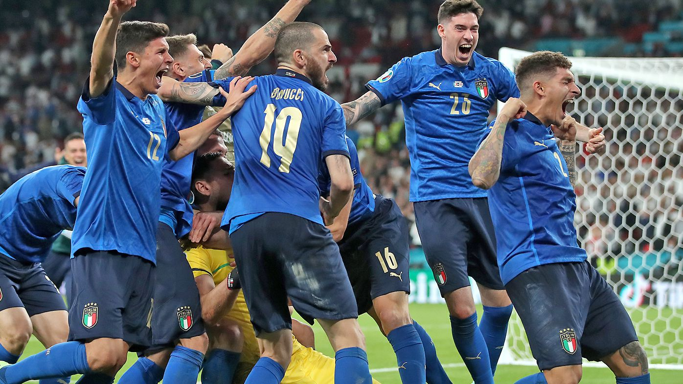 Italy celebrate defeating England