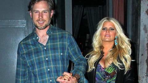 Jessica Simpson to sue magazine over reports her fiancé cheated with ex-wife