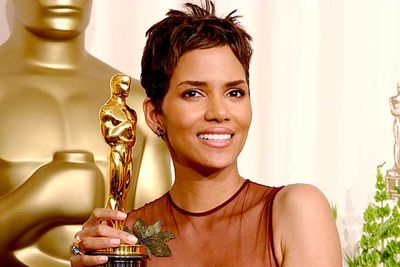 "<B>The Oscar:</B> Best Actress for <I>Monster's Ball</I>, at the 75th Academy Awards (2002).<br/><br/><B>The speech:</B> The first African-American to win the Academy Award for Best Actress, Halle cried through her entire speech, moving practically the entire audience to tears along with her.<br/><br/><B>Best bit:</B> ""This is for every woman of colour who now has a chance because this door tonight has been opened."""