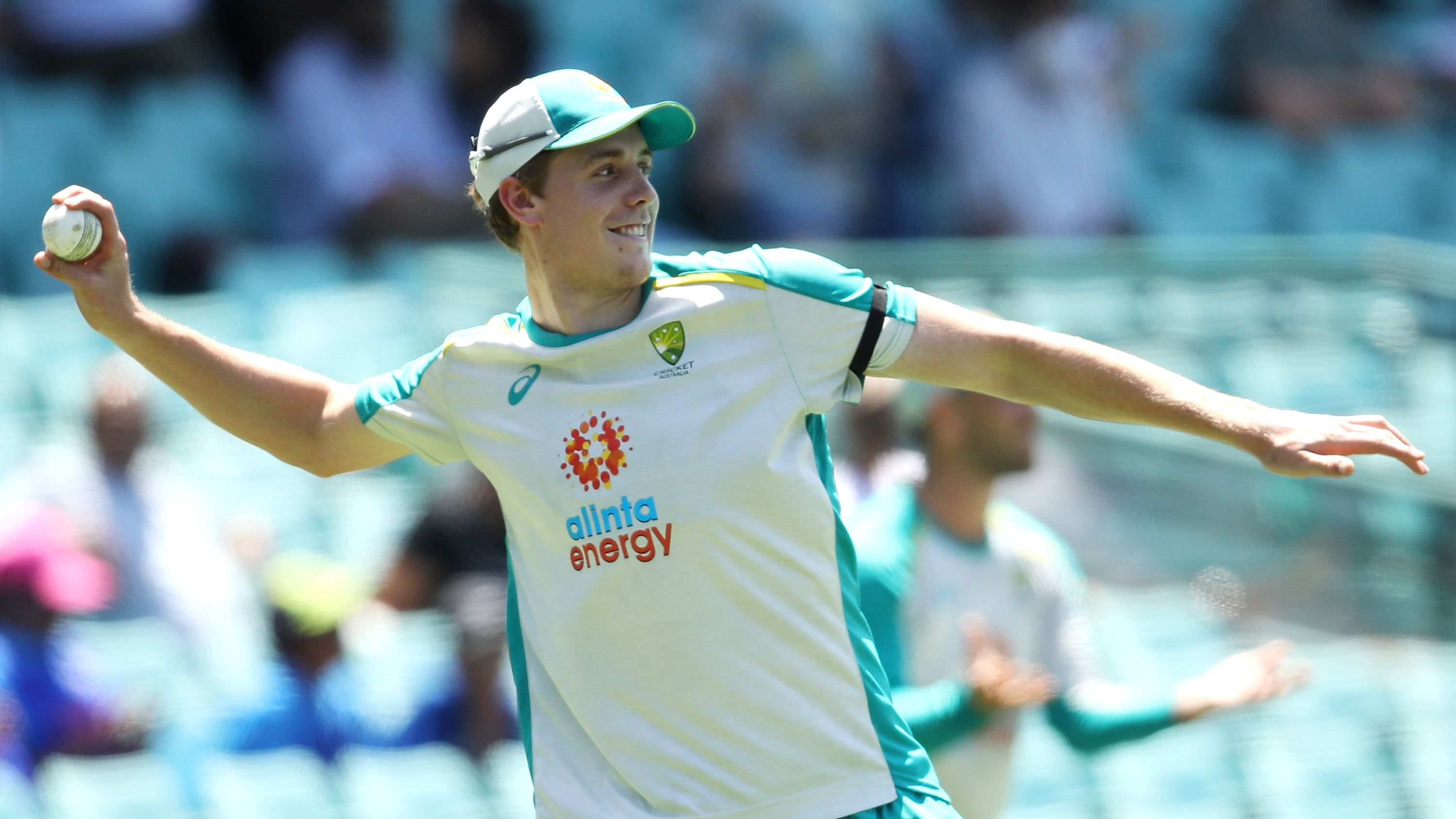Cameron Green gets heavyweight backing to make Australia debut after Marcus Stoinis injury