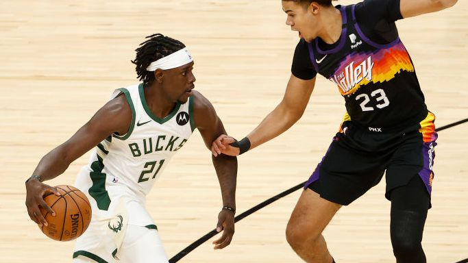 NBA Finals: Jrue Holiday makes huge late play as Bucks beat Suns in Game Five