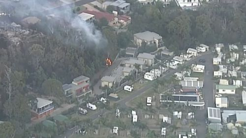 At least 70 buildings have been destroyed in the bushfires at Tathra on the NSW south coast. (9NEWS)
