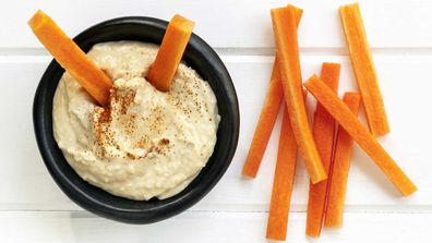 Healthy dip with carrots