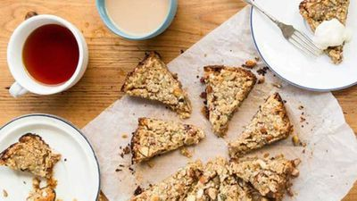 "<a href=""http://kitchen.nine.com.au/2016/12/20/10/22/slow-cooker-muesli-slice"" target=""_top"">Slow cooker muesli slice</a> recipe"