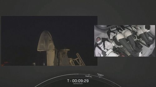 SpaceX launches tourists into space