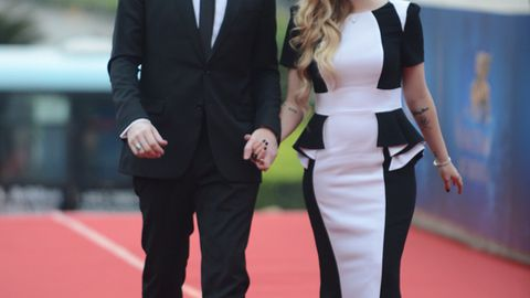 We're calling it: Avril Lavigne is pregnant