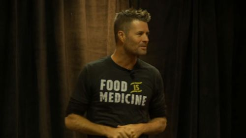 Evans claims the paleo diet can help treat chronic illness.