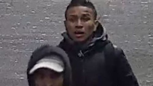 Police hunt men after daytime assault and robbery at Melbourne's Southern Cross Station