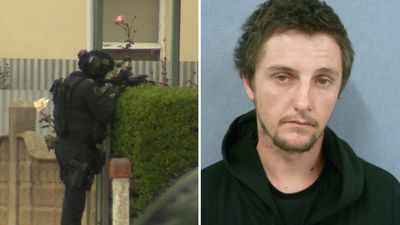 Police texting 'violent' armed fugitive as manhunt continues