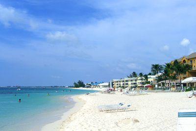<strong>5. Seven Mile Beach, Cayman Islands</strong>
