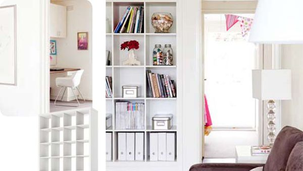Open shelves and storing items: simple ideas, attractive display