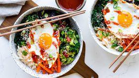 Vegetarian bibimbap bowls