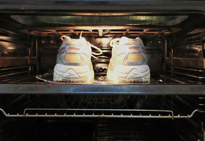 Drying shoes in the oven