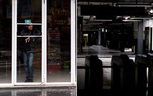Major blackout across parts of Argentina and Uruguay following power outage