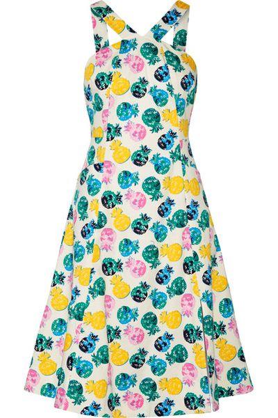"<p>Dress like Jennifer Garner</p> <p>Draper James printed dress, $516.06 at <a href=""https://www.net-a-porter.com/au/en/product/842140/Draper_James/printed-cotton-blend-dress"" target=""_blank"" draggable=""false"">Net-a-porter</a><br> </p>"