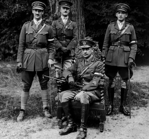 General John Monash, seated, commander of the Australian Corps. (Photo: AWM).