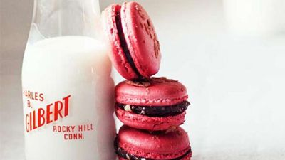 "<a href=""http://kitchen.nine.com.au/2016/05/16/13/11/raspberry-macarons"" target=""_top"">Raspberry macarons</a>"