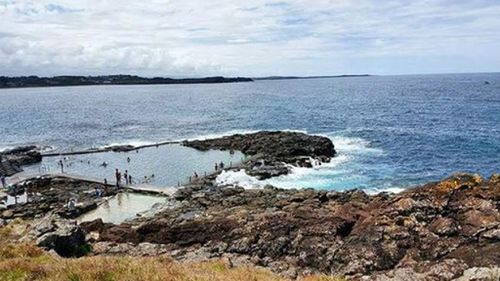 Man held under citizen's arrest after allegedly indecently assaulting young swimmers at Kiama rock pool