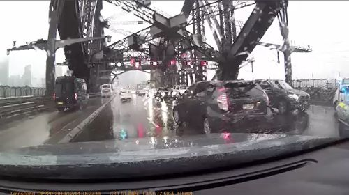 Sydney Harbour Bridge crash