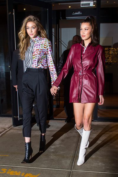 Gigi Hadid and Bella Hadid are seen in the trendy neighbourhood of NoHo, New York on January 11, 2018. Imahe: Getty.