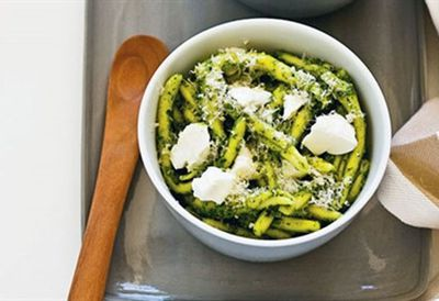 Wednesday: Rocket & pistachio pesto pasta