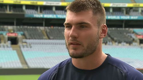Angus Crichton had his finger amputated as it was a quicker recovery time than having a joint replacement and meant he could play from the debut game of the 2018 NRL season. (9NEWS)