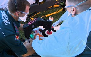 Paramedics better equipped to 'save lives' with heart-thumping machines new to Queensland