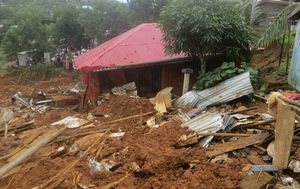 Urgent call for help as Sierra Leone mudslide death toll rises