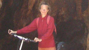 Search continues for tourist 10 days after outback disappearance