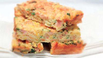 "<a href=""http://kitchen.nine.com.au/2016/05/19/12/17/ham-and-vegie-slice"" target=""_top"">Ham and vegie slice</a> recipe"